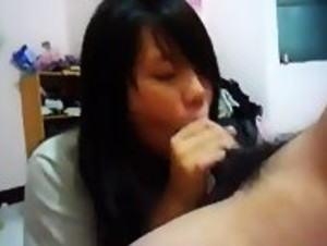台灣女友給男友口交分手後被男友流出 Taiwan Girlfriend Homemade Blowjob Leaked By Boyfriend