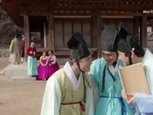 School of Youth 2 - The Unofficial History of the Gisaeng Break In (Korea)(2016)