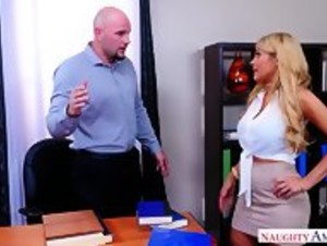 Employee Persuaded To Work With Tits - MILF Bosslady - HD